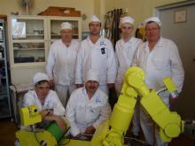 Специалисты СКТБ ПР и БАЭС во время сервисного обслуживания комплекса МРК-27-МА-БАЭС на территории Белоярской АЭС