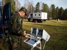 Оператор МРК-27-МА во время работы