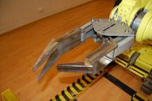 Губки схвата манипулятора комплекса МРК-27-МА-БАЭС, разработанные с учетом специфики применения комплекса на Белоярской АЭС